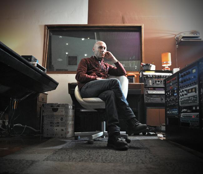 PEIROT1 JEAN LOUIS PIEROT ::: La magie du studio (1/2)