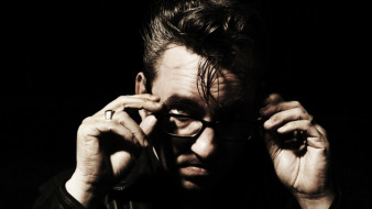 RICHARD HAWLEY [INTERVIEW] ::: Haut les c&oelig;urs, haut les mains