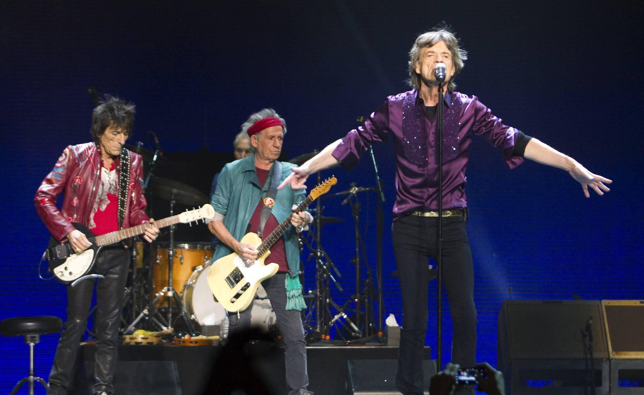 rolling stones au stade de france jagger 1 richards 0. Black Bedroom Furniture Sets. Home Design Ideas