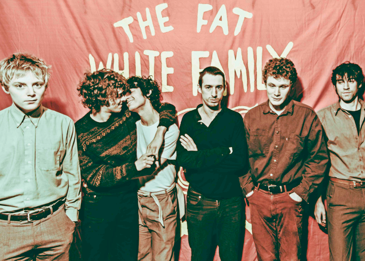 THE FAT WHITE FAMILY <br> Dégénération enchantée
