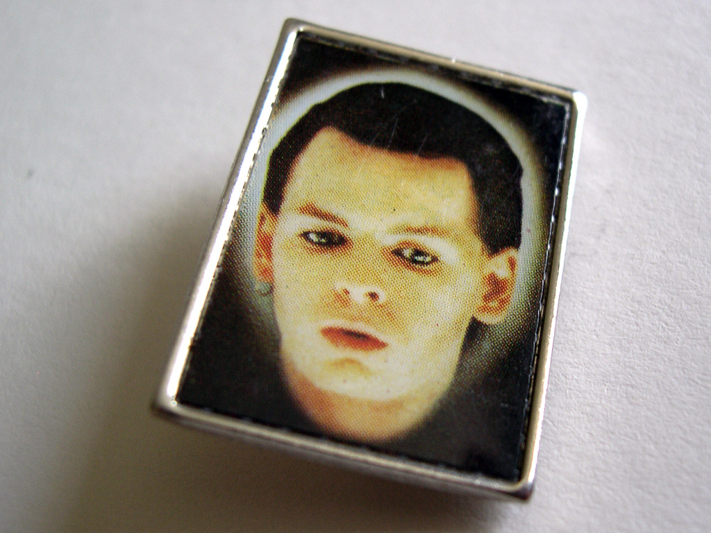 ob-numan-badge-002-1024
