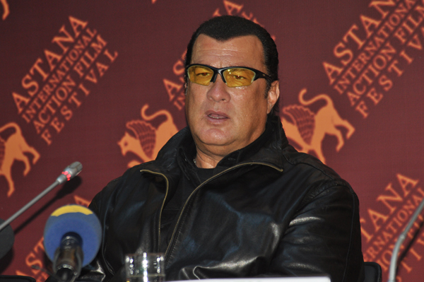 Steven_Seagal_at_Astana_Action_Film_Festival