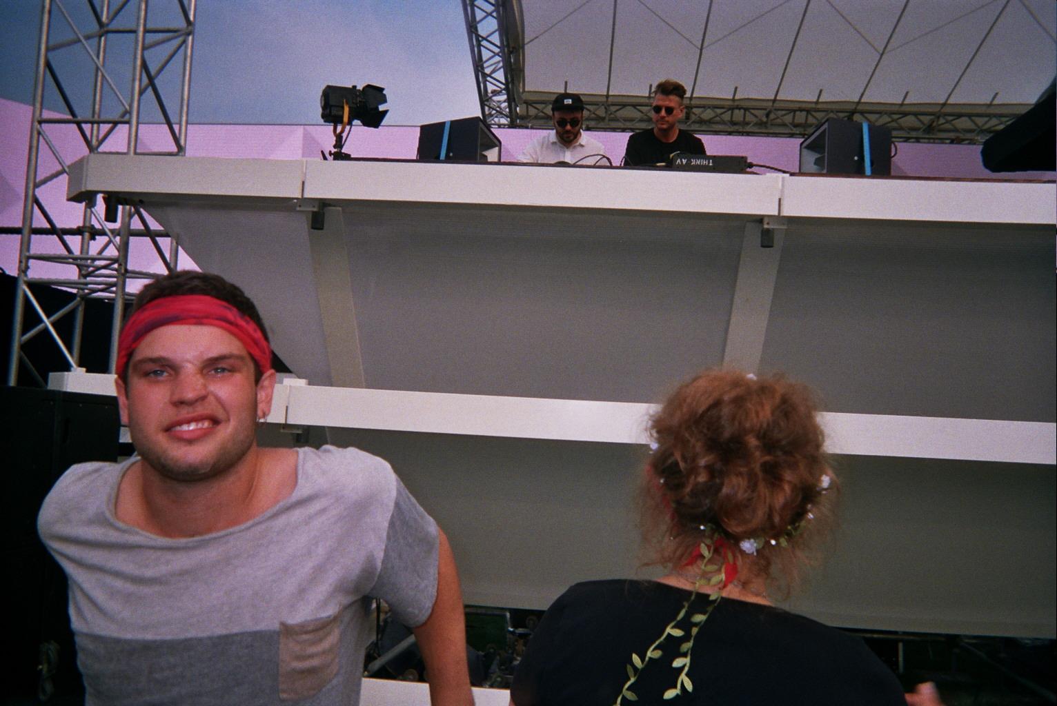 Par contre je sais pas si c'est le soleil mais John Talabot et Axel Boman ils se sont vraiment cru à Ibiza.