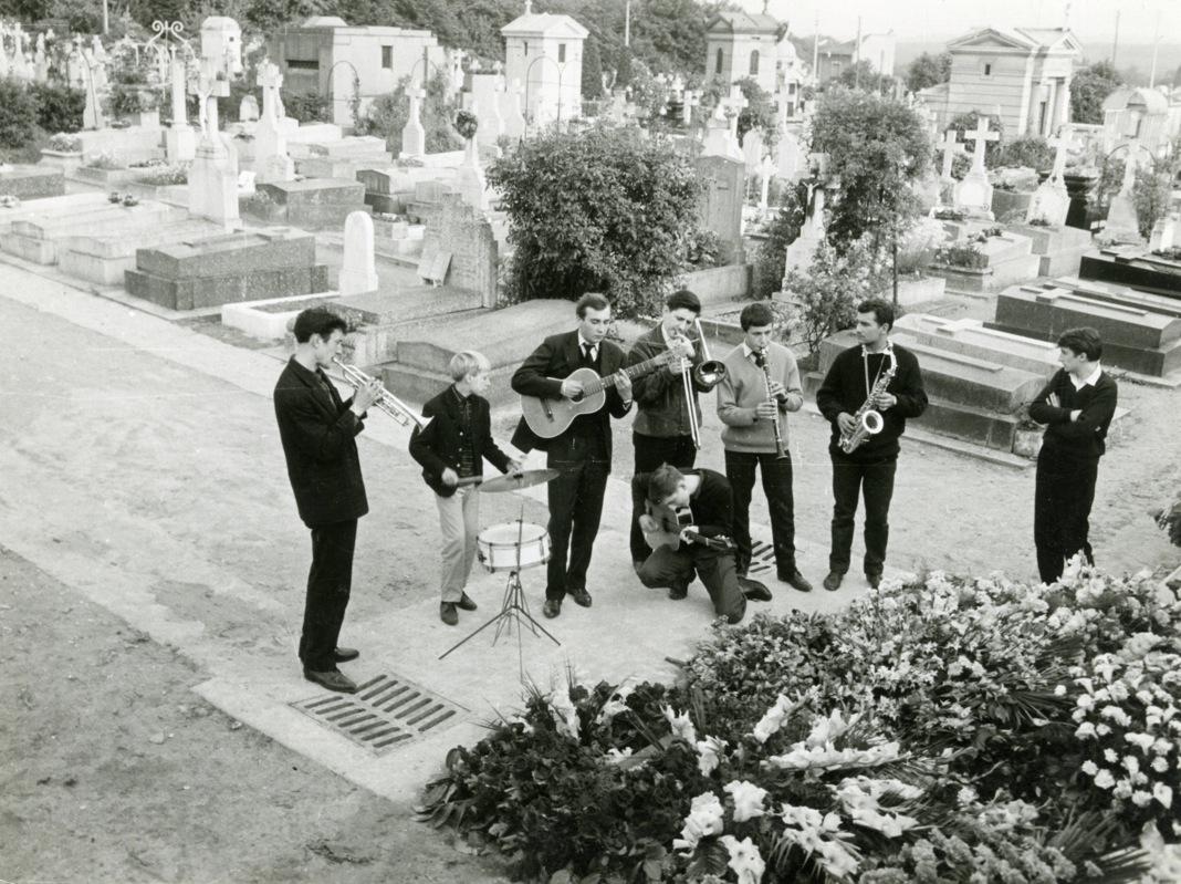 Le jeune Thollot aux funérailles de Bechet.